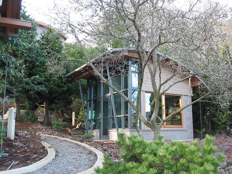 Leschi Hillside Home